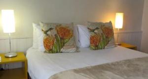 En-suite room at Ashanti Lodge Backpackers in Cape Town