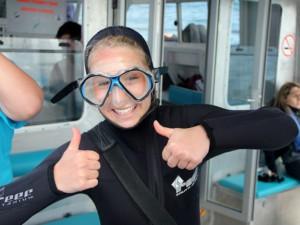 Volunteer in dive suite