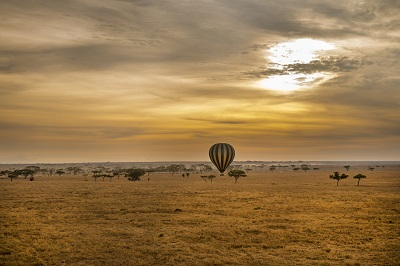 hot air balloon serengeti sunset