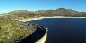Waterdam full